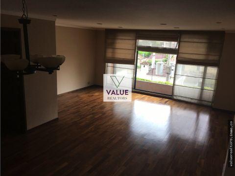 renta apartamento con acabados de lujo