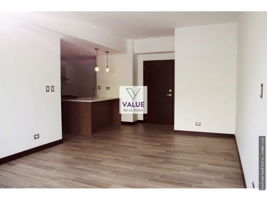 apartamento con jardin en san isidro z16