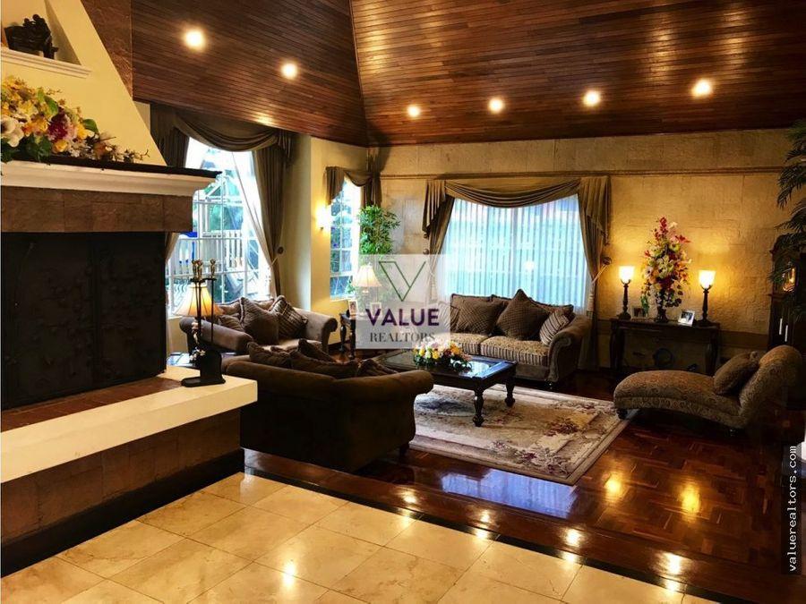 venta exclusiva residencia en condominio ces 1
