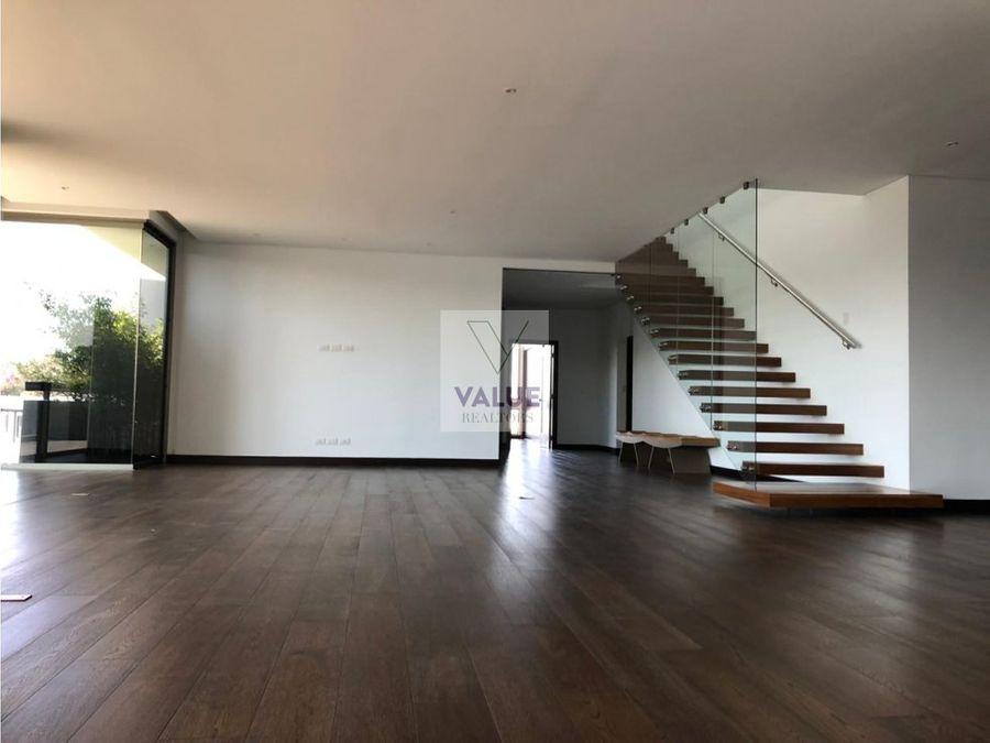venta 560 m2 penthouse en cayala