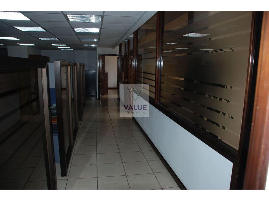 renta oficina amueblada en edificio en z10