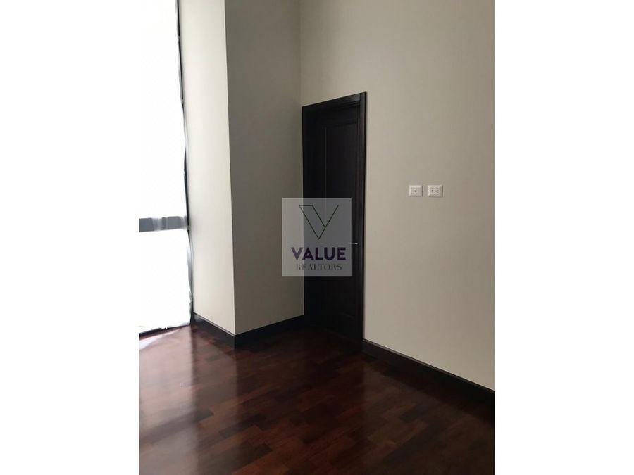 rento apartamento en z14