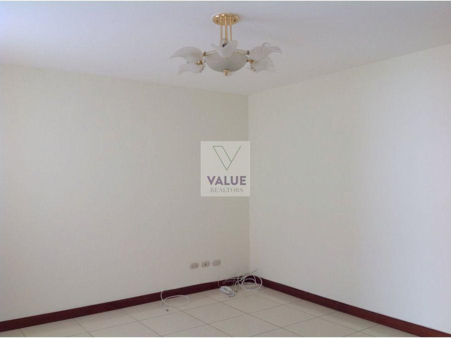 renta casa 3 dormitorios en condominio z10 1