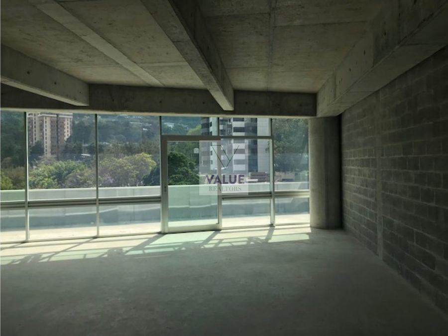 rento oficina en edificio nuevo en z15