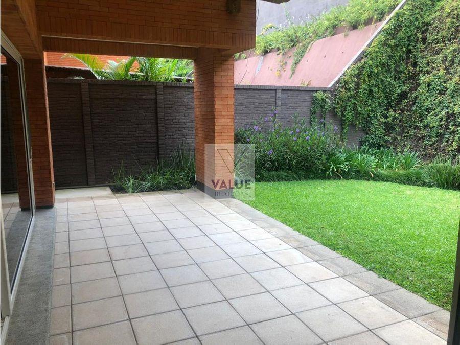 renta exclusiva residencia en z10 en condominio