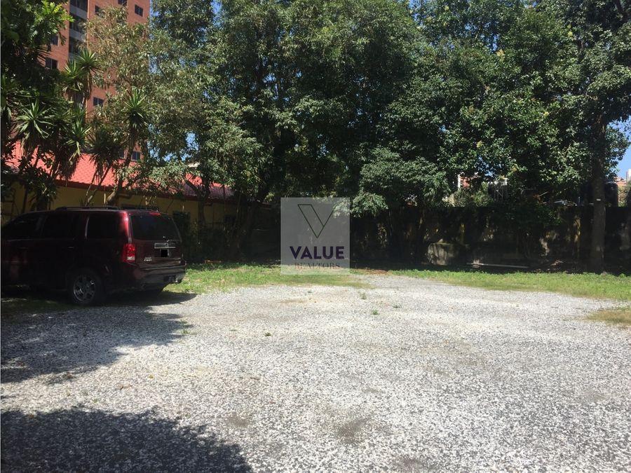venta y renta casa para negocio con 23 parqueos zona 10 diag 6