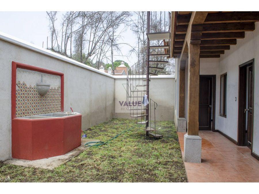 venta casa en condominio cerca de antigua 3 dorms