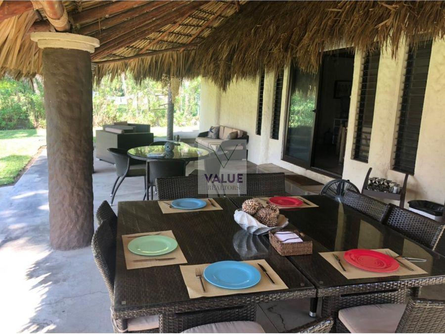 renta casa frente a la playa en monterrico para 14 personas