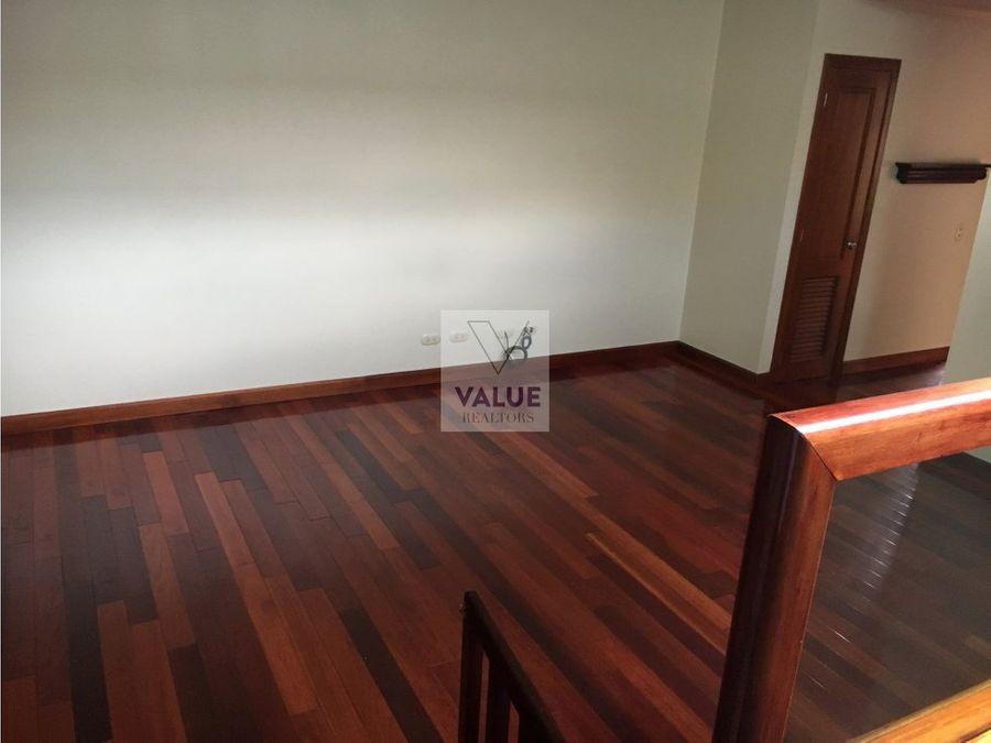 venta o renta linda casa en condominio por muxbal