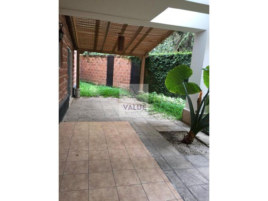 renta apto con jardin cayala 360m2 3 dorms 1