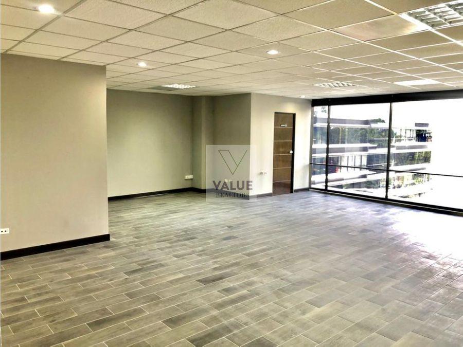 renta exclusiva oficina en z10 remodelado