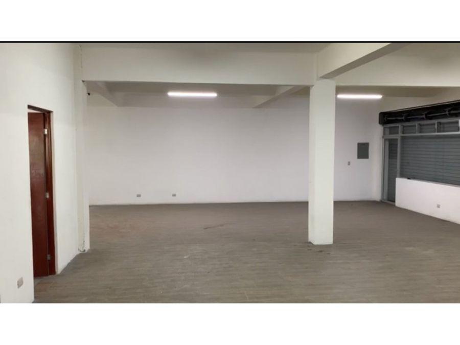 rento local en z1 remodelado 160m2 en esquina