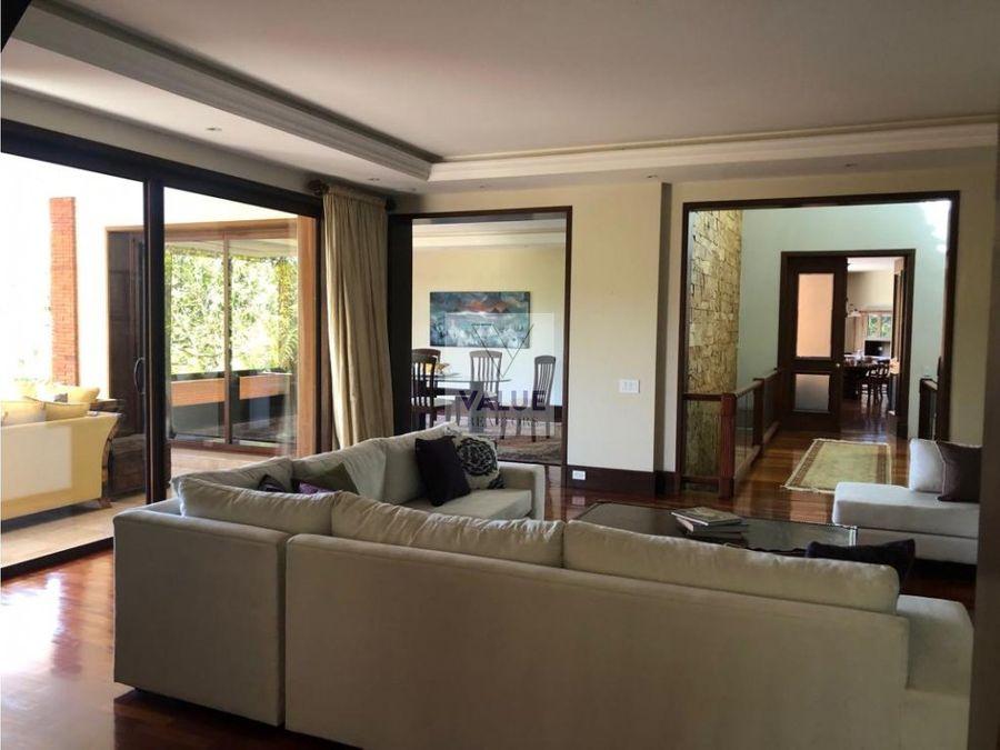 venta residencia en z10 condominio 2000m2 construccion 1