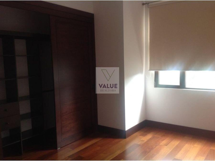 renta apartamento en zona 15 1