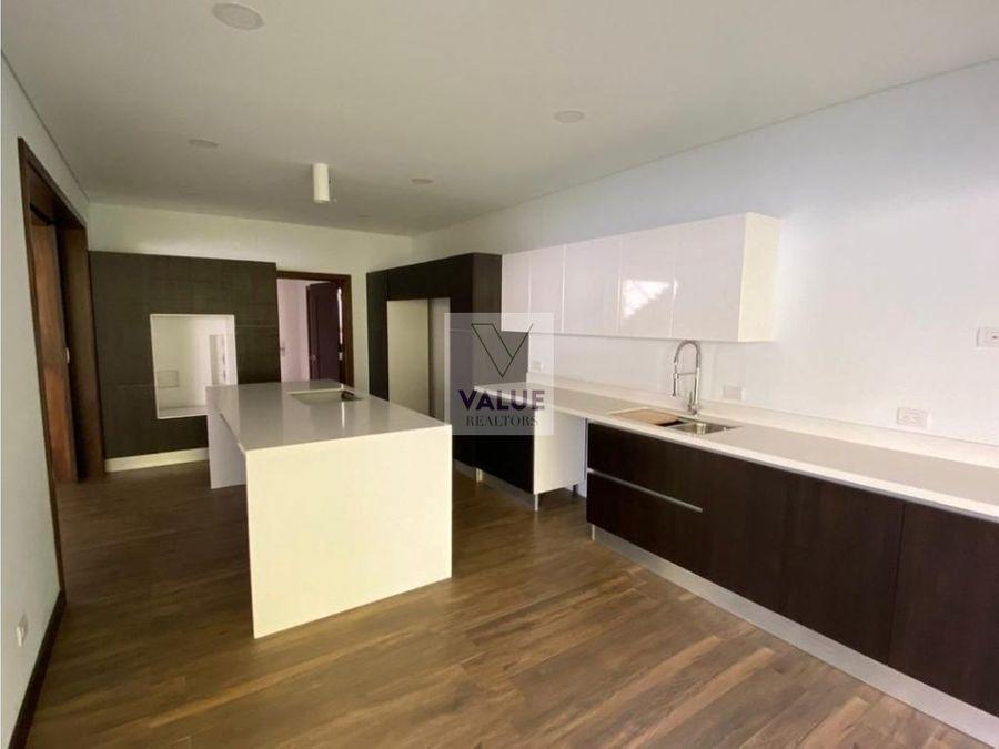 venta casa en exclusivo en cayala 1