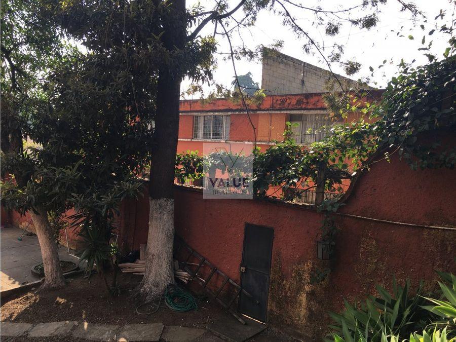 venta casa con 2 townhouses y 2 aptos peq