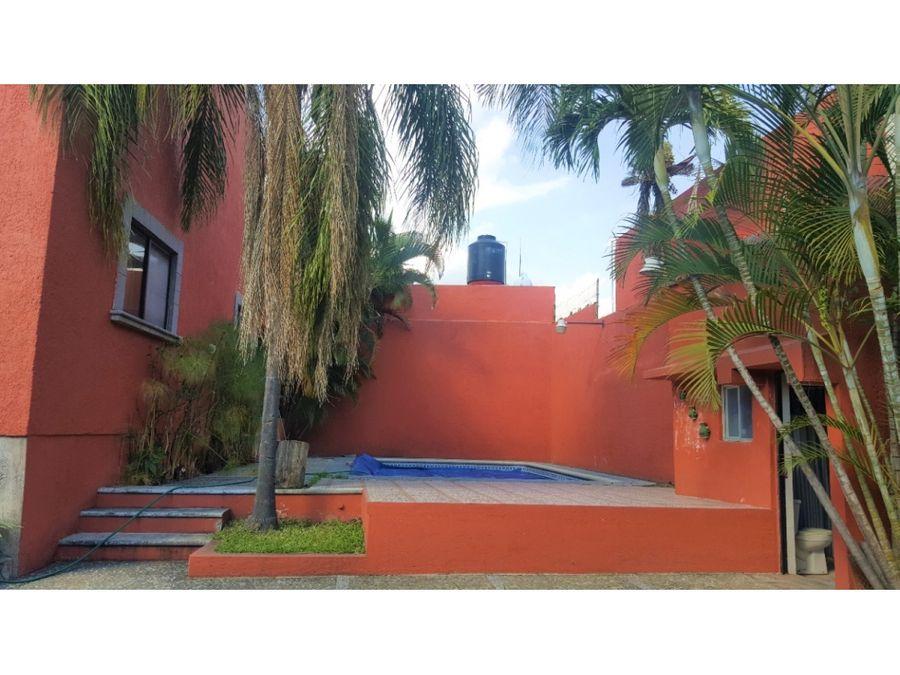 hermosa casa sola con alberca en privada en la ciudad de cuernavaca