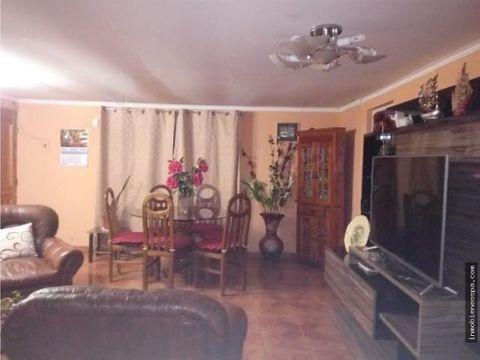 casa en la comuna de huechuraba
