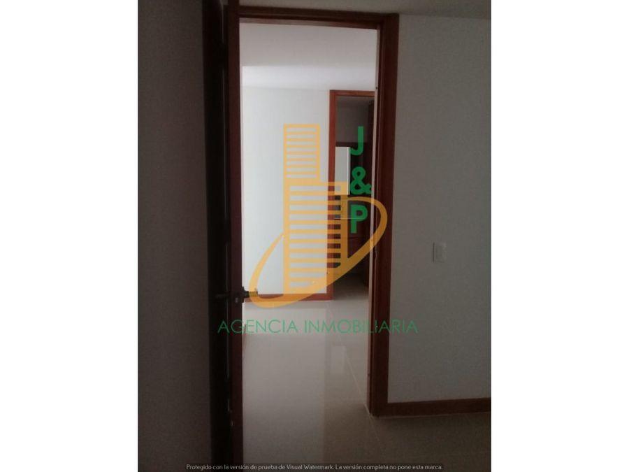 apartamento en venta o arriendo en los colores