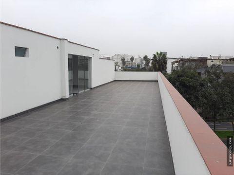 duplex de estreno y con amplia terraza en surco