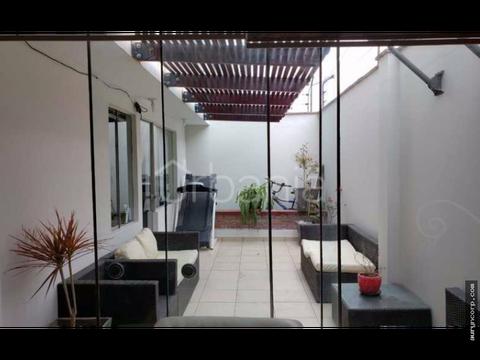 dpto con 2 terrazas primer piso en surco