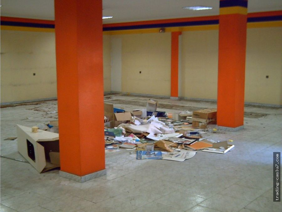 local comercial zona avd libia