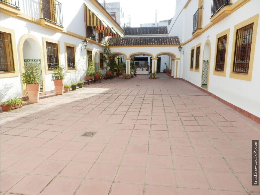 casa adosada junto plaza regina