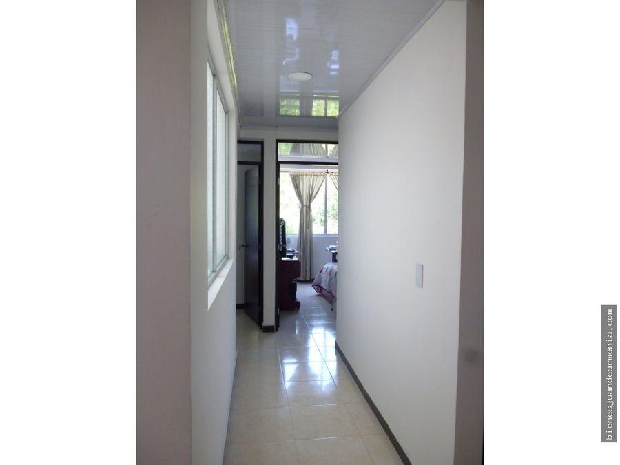 venta de apartamento con local sobre via principal