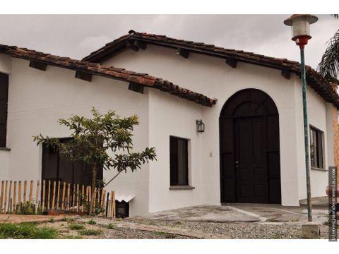 casa para venta via circasia quindio conjunto