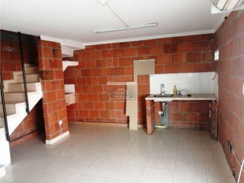 casa en venta palmira esquinera 3 pisos barrio cerezos de la italia