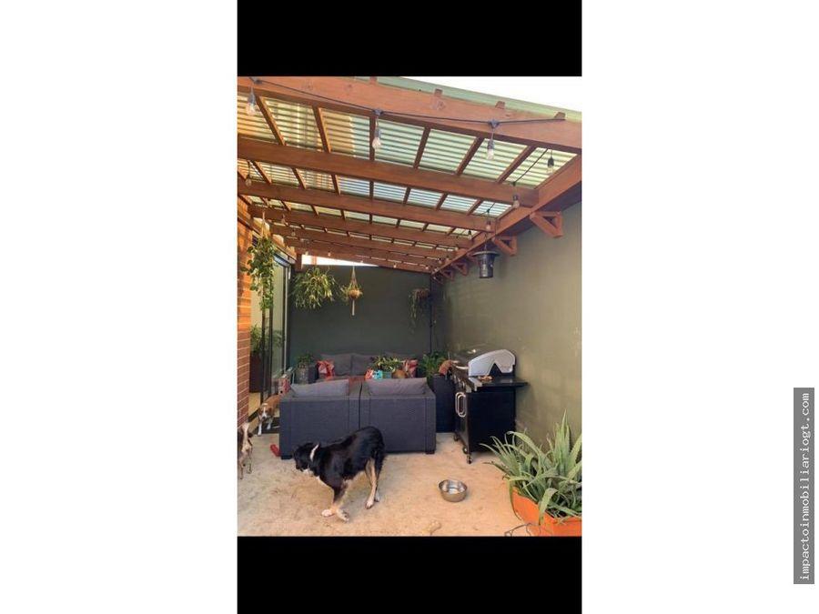 venta apartamento zona 15 con jardin