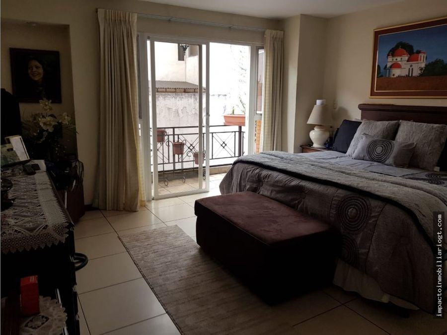 venta amplio apartamento zona 15