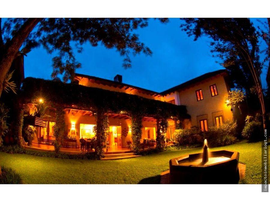 venta bella casa en antigua guatemala