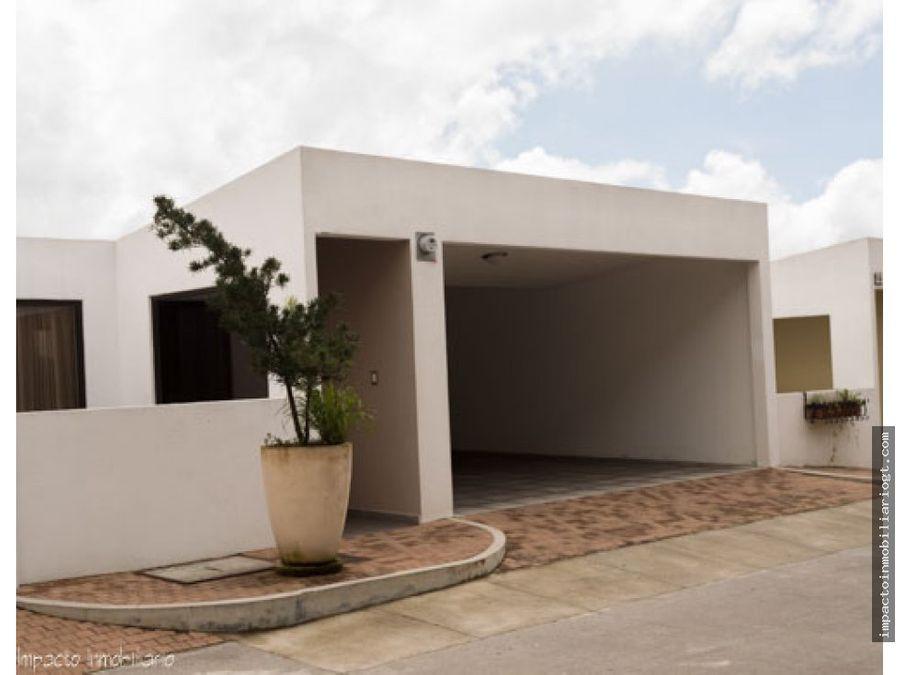 venta linda casa en santuaria muxbal