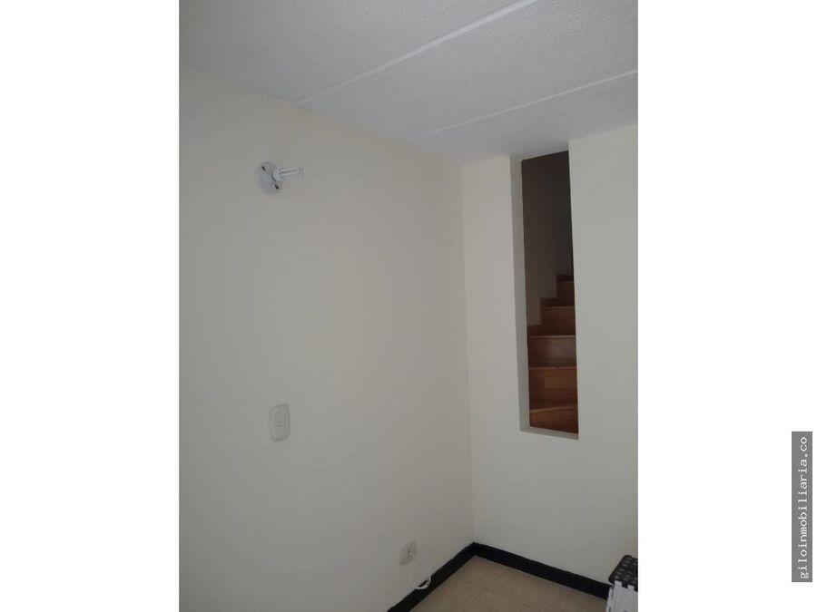 venta casa san antonio norte calle 180 11
