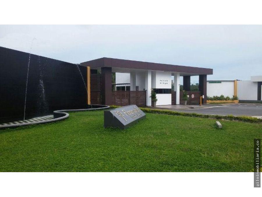 vendo casa en acacias meta club house hermosa