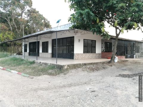vendo local comercial en pto lopez meta 34 mts