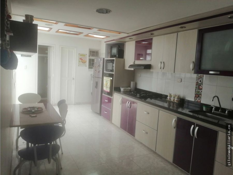 venta casa milenta amplia 6 x 20 mts 3 garajes