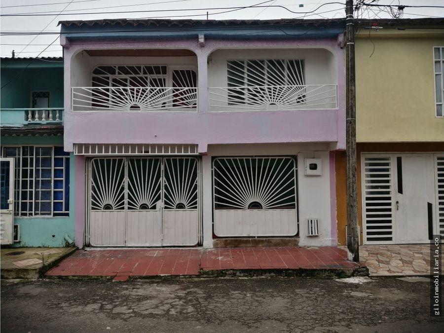 vendo casa en villavicencio madrigal 2 pisos local
