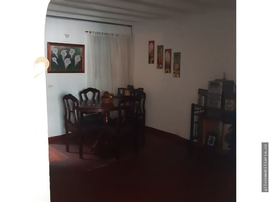 vendo casa en villavicencio madrigal 2 pisos local