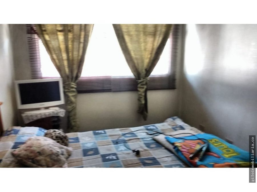 venta casa bogota veraguas 3 pisos 6 habitaciones