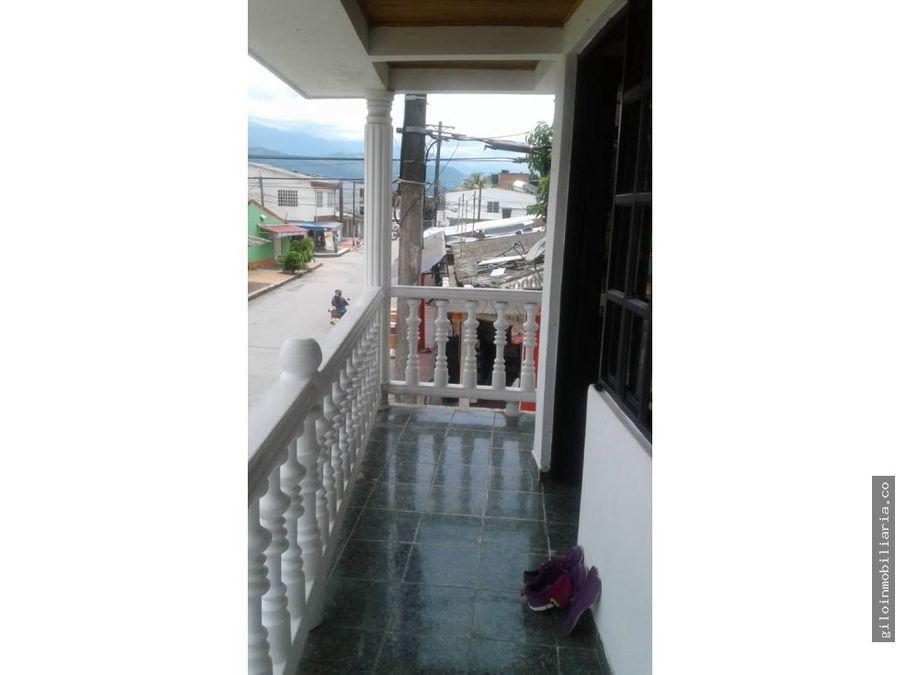 vendo casa villavicencio yerbabuena esquinera