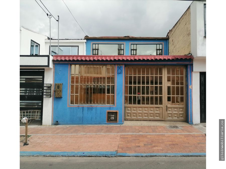 venta casa bogota la guaca garaje 3 carros 5 habitaciones