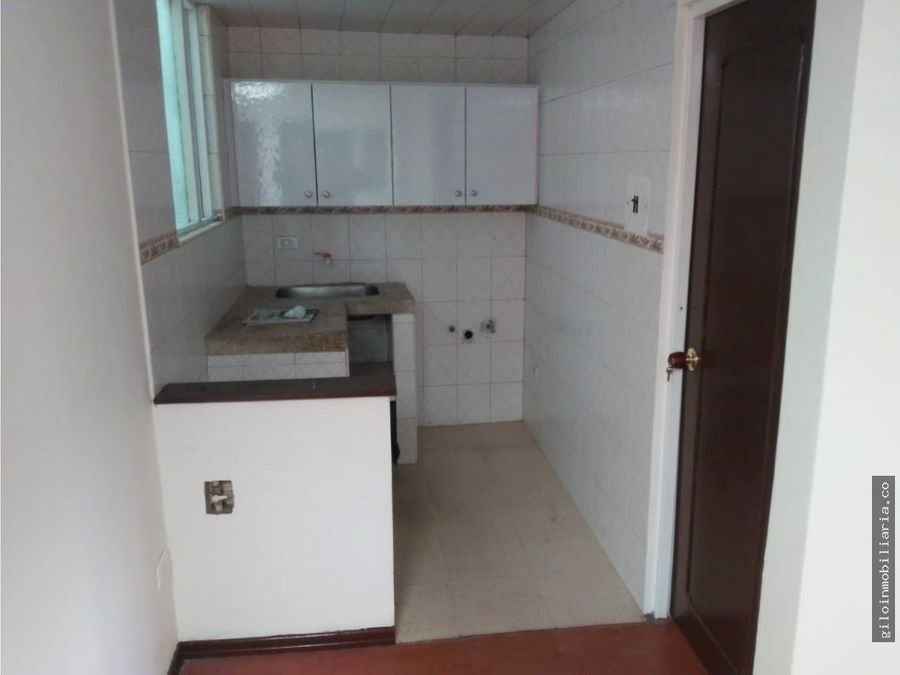 vendo casa comercial fontibon 4 apartamentos inde