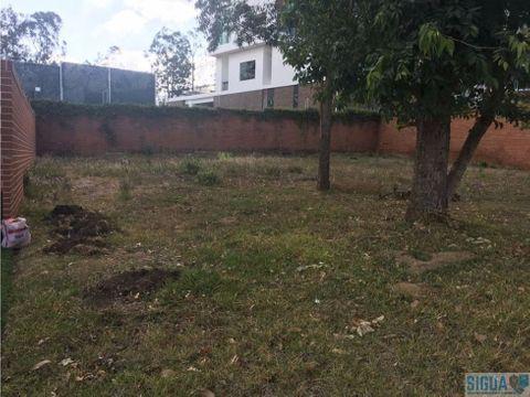 terreno plano en venta foresta de cayala z16 1