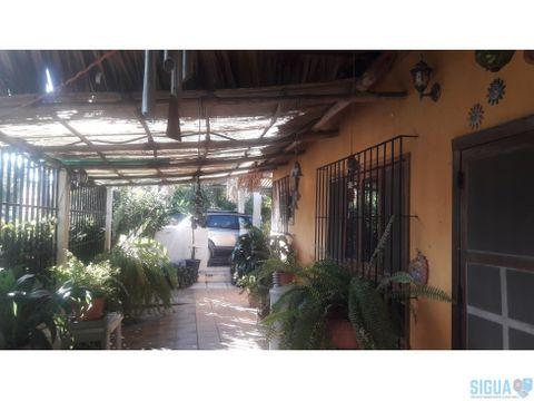 linda casa en venta monterrico
