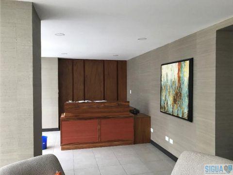 apartamento en renta zona 15 vhi