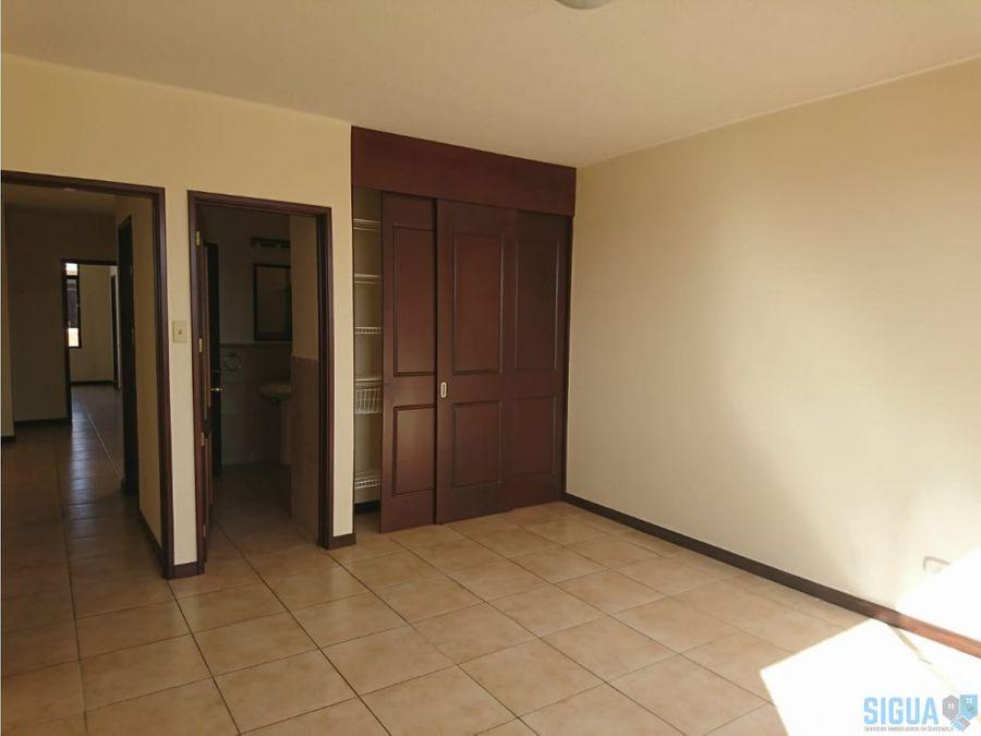 linda casa en venta km 227 ces 1