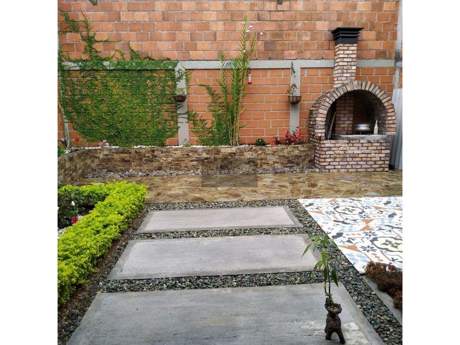 hermosa casa de 5 habitaciones occidente de armenia