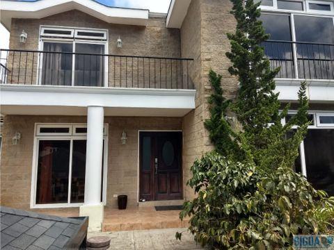 casa en venta con amplio jardin vila verde ii sector de fraijanes